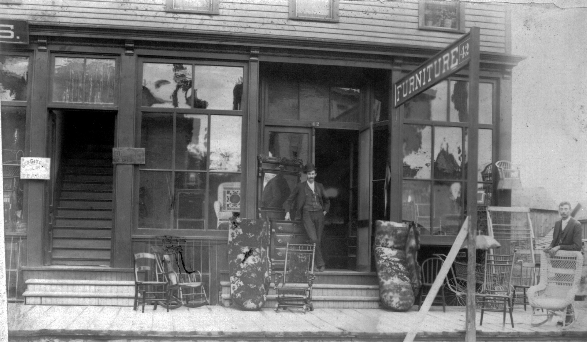 Crockett U0026 Hopkins Furniture Store