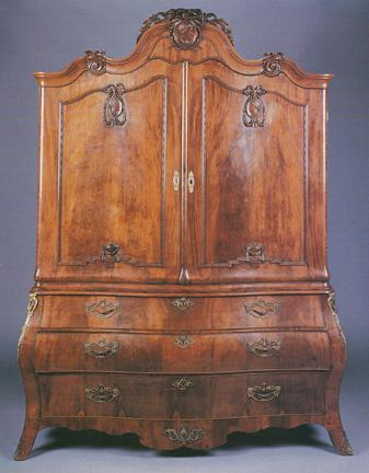 Dutch Rococo Carved Linen Press